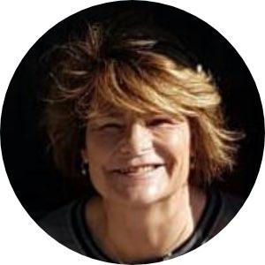 Barbara F. (56)